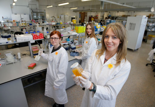 : Pictured (l-r) at the UCD O'Brien Centre for Science are; Eve O'Reilly, a UCD PhD student;  Dr Antoinette Perry, UCD School of Biology and Environmental Science and UCD Conway Institute, and Alexandra Tuzova, an Irish Cancer Society funded PhD student at UCD. (Nick Bradshaw, Fotonic).