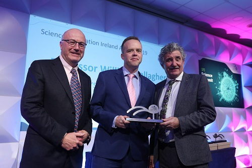 Minister Halligan presents Professor Gallagher with 2019 SFI Award