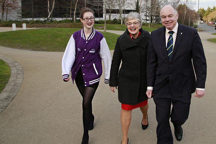 Image of guests arriving for event in UCD