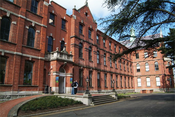 UCD Michael Smurfit Graduate Business