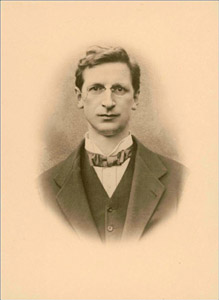 eamon de valera Eamon de valera (1882-1975) born in manhattan, new york of a spanish father and an irish mother, he was sent to live with his grandmother in limerick at the age of two after his father died.