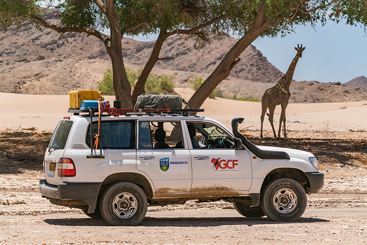 UCD Research / Giraffe Conservation Foundation truck