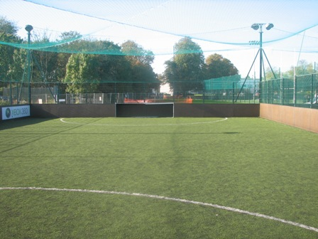 5 a side cages