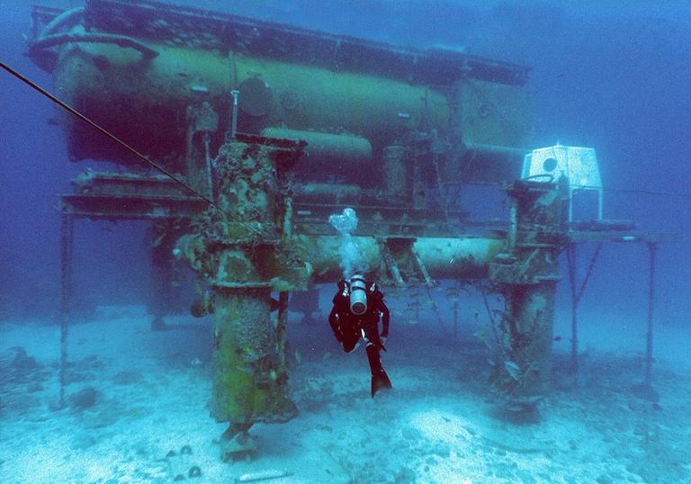NASA selects UCD alumnus for undersea mission